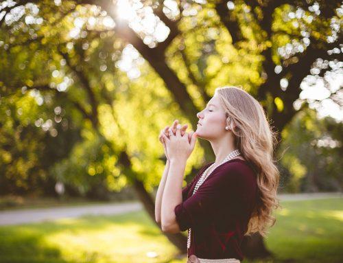 """YouCat"" komentaras apie maldą"